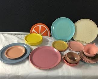 Vintage Melamine Dishes https://ctbids.com/#!/description/share/275275