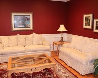 Crème Sofa & Love Seat with Wood & Glass Coffee Table, Side Table and Lamp