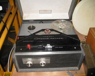 Webcor compact deluxe reel to reel