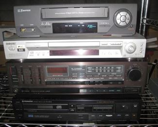 Pioneer PD-5010, Sherwood S-2730CP, Sony DVP-NS715P, Emerson