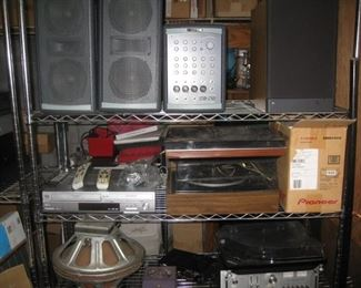 Kustom profile System I-KPS LS100, Beogram 2400 turntable, Collaro, Ion iLP turntables