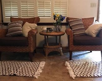 Set of 2 wicker chairs and table