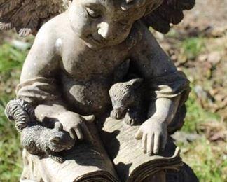 Garden Cherrub Statue