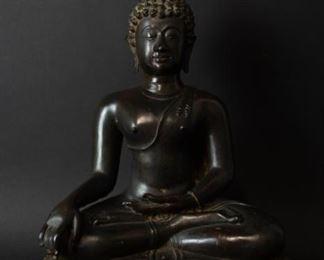 A Bronze Figure of Seated Buddha