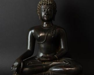 A Bronze Figure of Seated Buddha