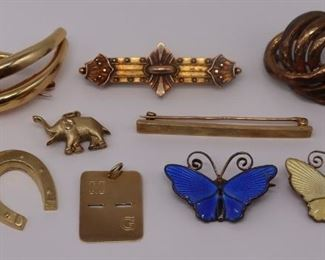 JEWELRY Assorted Gold and Silver Jewelry