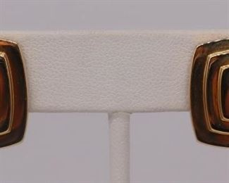 JEWELRY Pair of David Webb kt Gold Ear Clips
