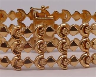 JEWELRY Signed Italian kt Gold Bracelet
