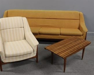 MIDCENTURY Sofa With Arm Chair Slatted Table