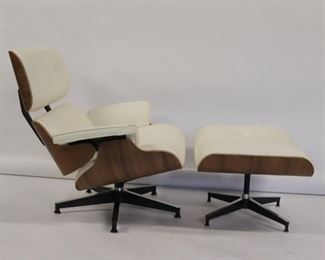 Vintage And Fine Quality Eames Style Lounge Chair