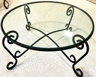 "36"" round glass top coffee Table $50"