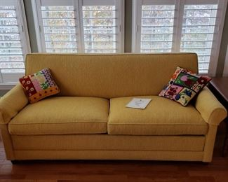 Retro sofa sleeper