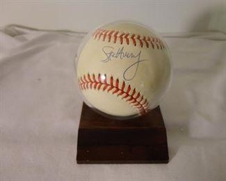 Steve Avery Signed Baseball