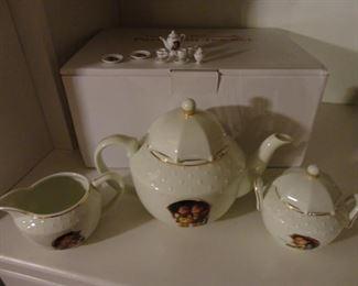 Hummel Tea Set
