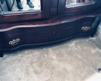 Bottom drawer of Ar moire.
