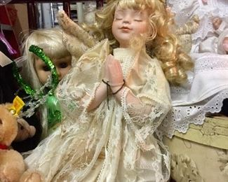 Vintage doll w/porcelain face praying