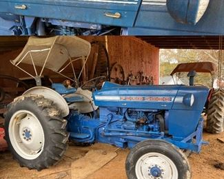 1970's Ford 2000 Tractor with Sun Canopy