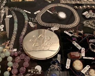 WONDERFUL COLLECTION OF JEWELRY WITH LOTS OF STERLING