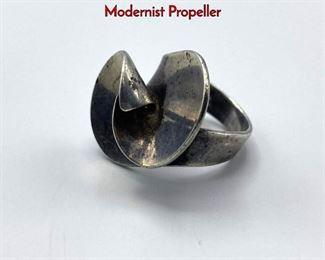 Lot 27 GEORG JENSEN Sterling Silver Ring. Modernist Propeller
