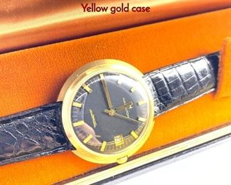Lot 113 Vintage 14K Gold HAMILTON Mens Watch. Yellow gold case