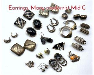 Lot 256 18 pair Sterling Vintage Earrings. Many modernist Mid C