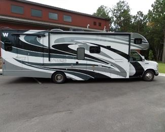 2014 Winnebago Access Premier 31WP
