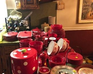 Red dishes bakeware