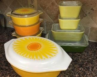 Same of the cool retro vintage items in this sale.  Vintage Pyrex!
