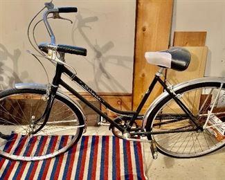 Schwinn Vintage girls bike. Mint condition