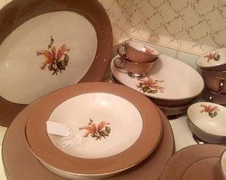 Late 1940's porcelain set
