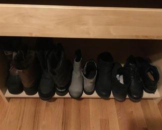 Women's Boots (Size 9.5M - 10M)