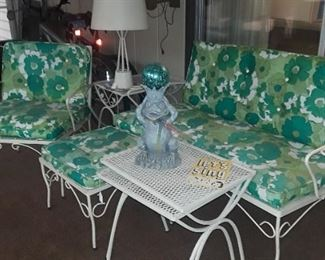 "1970""s Vintage Patio Set."