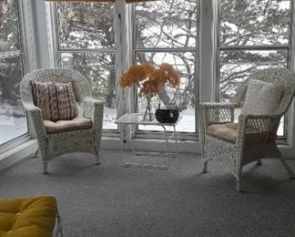 Set of 2 wicker chairs.