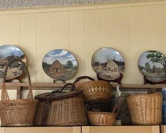 Assortment of decorator baskets
