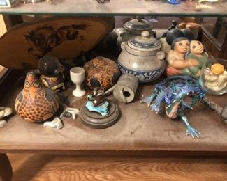Handcrafted southwestern pottery miniatures