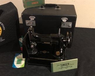 Singer featherweight sewing machine with original hard case and custom embroidered dust cover