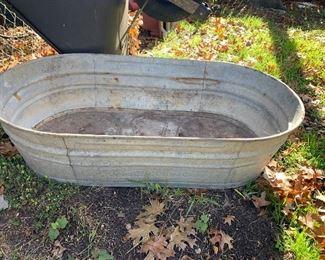 Vintage metal washtub