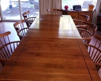 Ethan Allen Maple dining room table with leaves and 9 chairs