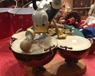 Donald Duck Figural