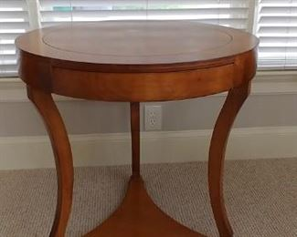 Traditional Imports end table