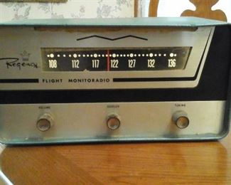 Regency flight monitoradio model AR 136A am receiver (has power)