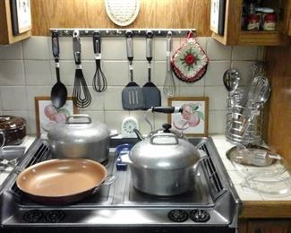 Wagner Ware dutch ovens, other kitchen items