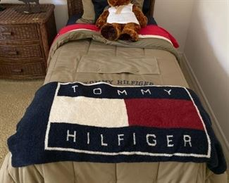 Tommy Hilfiger linen