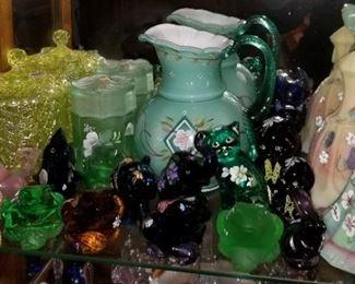 More beautiful vintage Fenton glassware