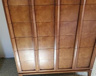 Thomasville Mid Century Modern Bedroom Set- Excellent Consition