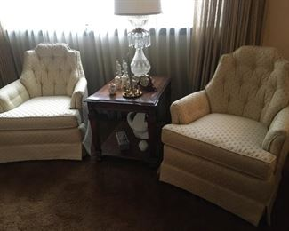 Hammary swivel chairs, end table with pull out tray
