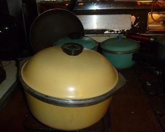 Vintage cookware