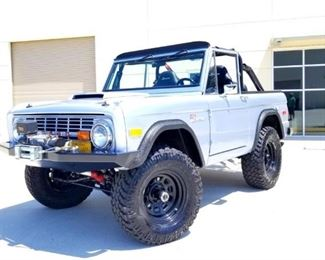 1971 Ford Bronco sport... Amazing one off