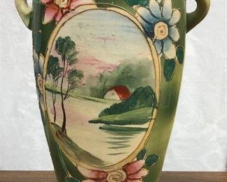 LAN700: Hand Painted Japanize Pottery Vase  https://www.ebay.com/itm/123960408641
