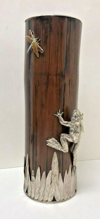 SM001: BAMBOO VASE WITH SILVER DETAIL14 IN TALL AND 4.5 IN DIAMETER  https://www.ebay.com/itm/123968961748
